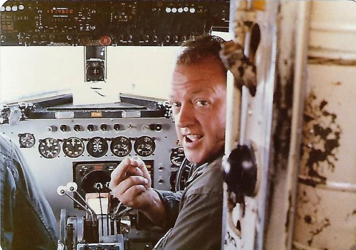 Bud Munday DC-3 Pilots 1977 - 79
